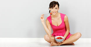 Benefits of sitting on floor for eating